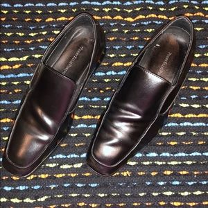 Perry Ellis Portifolio- men's size 8 black loafers